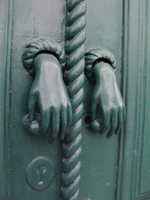 creepy handles